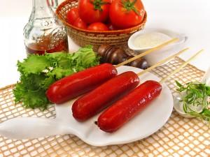 Espetinhos de Salsichão